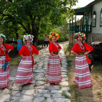 Russian girls dancing in front of Lermontov House